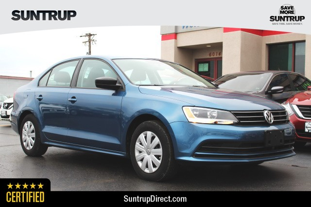 Certified Pre Owned 2016 Volkswagen Jetta Sedan 1 4t S W Technology